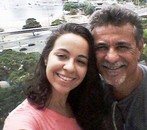 Nosso parceiro de Guarapari Arivald Santos Ribeiro visitando a filhota Ingrid Oliveira no Rio de Janeiro.